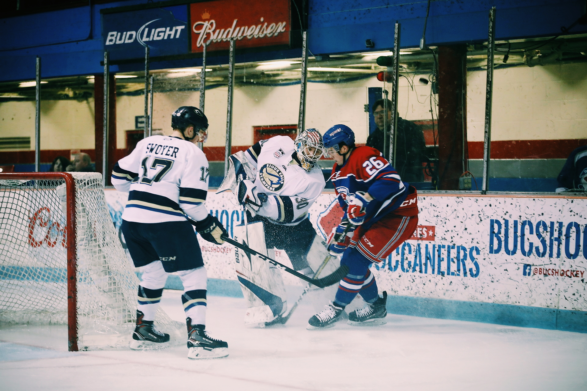 Des Moines Buccaneers Hockey Game Banner